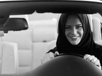 难以置信,世界上还有不准女性驾车的国家|聚侃