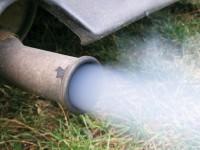 排气管发黑是否就算烧机油?|80说