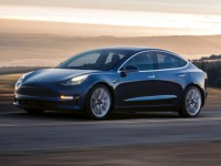 """别高兴太早,特斯拉Model 3或许不会真正""""国产""""丨聚闻"""