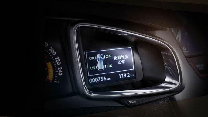 《消费者报告》:开车省油10大误区,老司机也会中招丨聚译