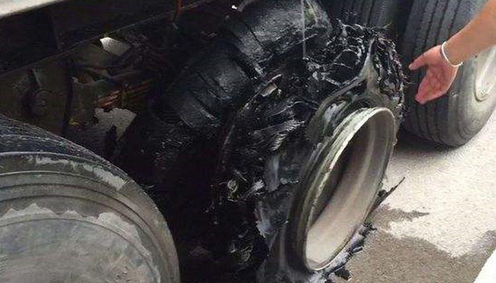 这可能是最危险的爆胎现象,轮胎驻波了解一下|聚侃